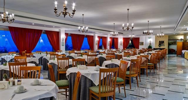 The restaurant at the Best Western Hotel La Solara, Sorrento 4-star, you will enjoy the typical dishes of Campania