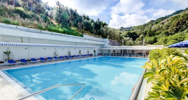 Swimming Pool Hotels In Sorrento Best Western Hotel La Solara