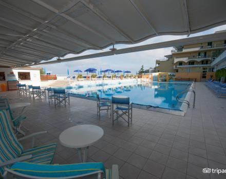 Pool Best Western La Solara Sorrento
