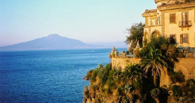 Take advantage of your vacations to Sorrento along the many routes