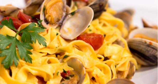 Pasta with clams-Sorrento